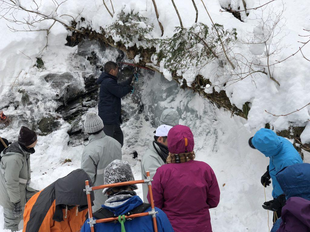 「氷室まつり」のための氷詰め作業参加者募集!