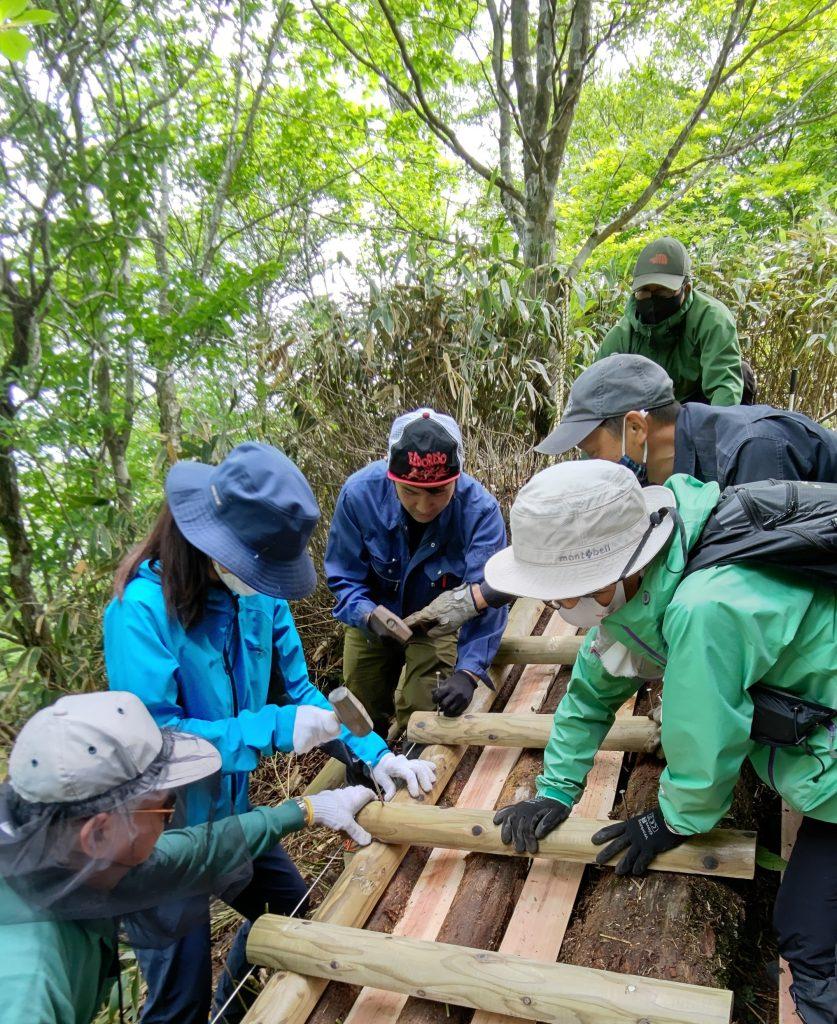 登山道補修体験講座を実施しました